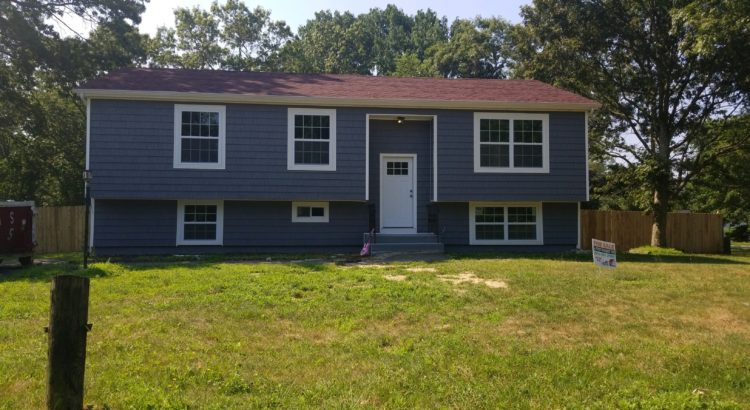 240 Messina St Central Islip- Available!